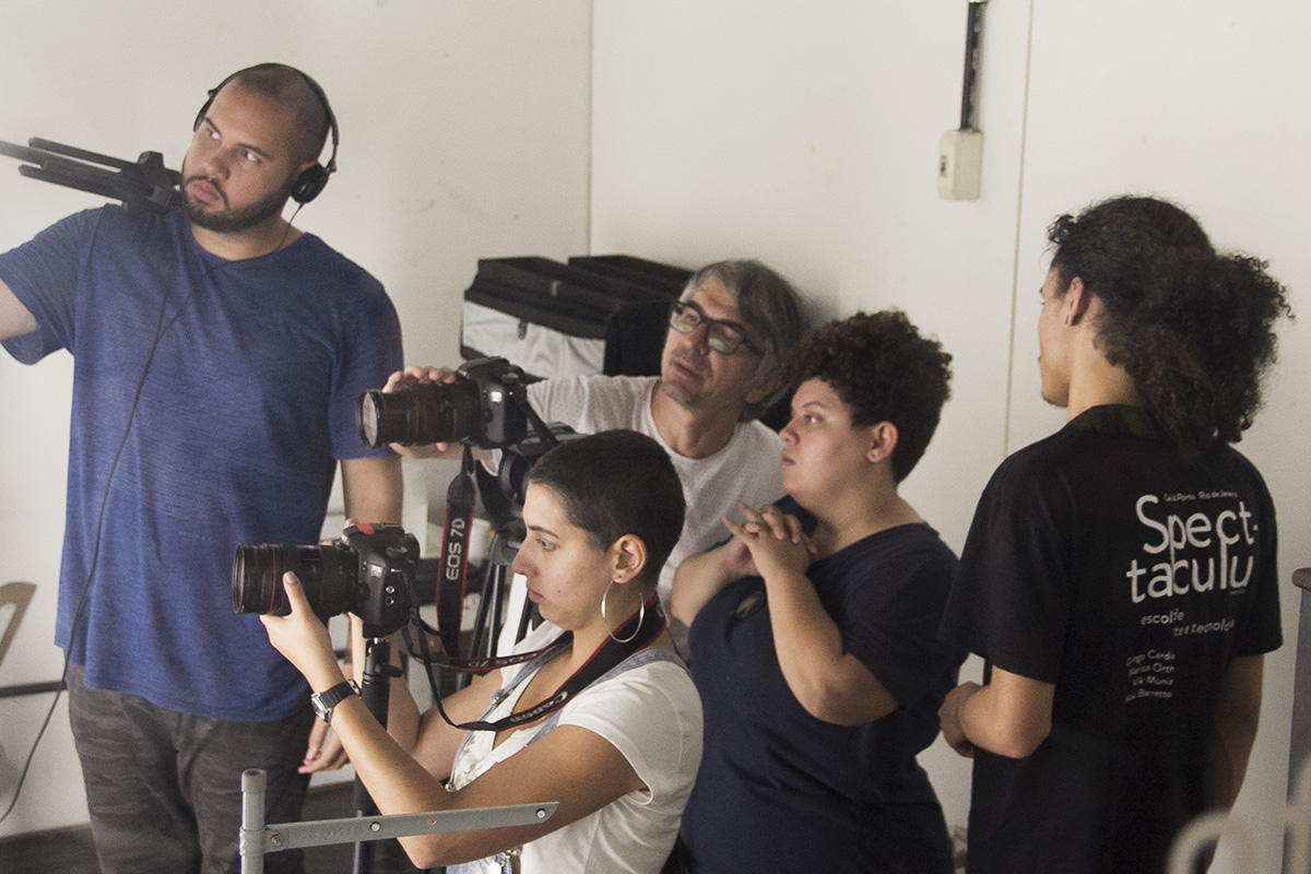 23aa10c51a4 YouTube Spectaculu – Núcleo Criativo de Vídeo - Spectaculu - Escola ...